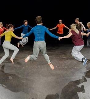 """""""Meistriškumo klasė""""- profesionalių aktorių kūrybinių dirbtuvių pristatymas / Chorea teatras (Lenkija) /  II tarptautinis teatro festivalis """"TheATRIUM"""""""
